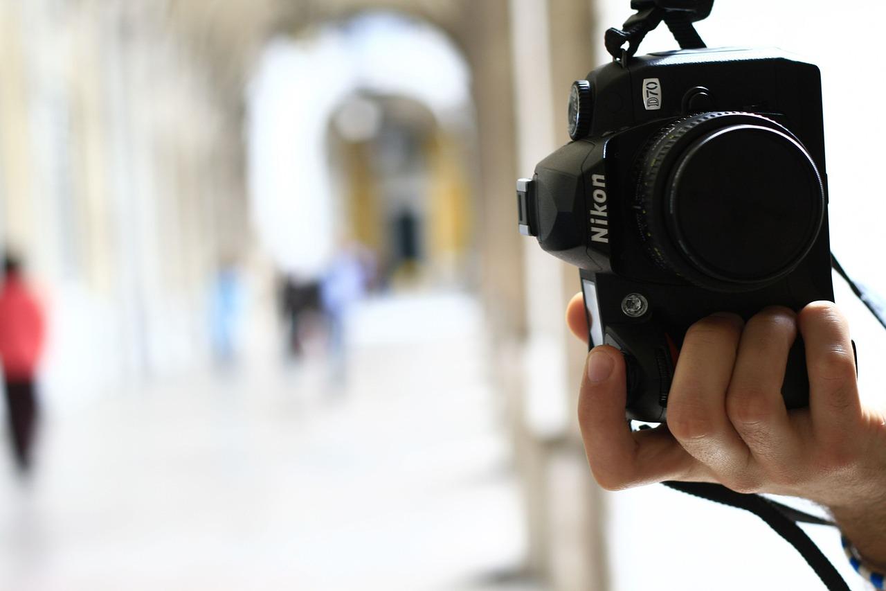 BVerfG: Einschränkung der Pressefreiheit bei Strafverhandlungen